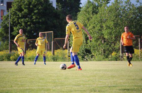 Lasnamäe FC Ajax уступила команде FC Talllinn